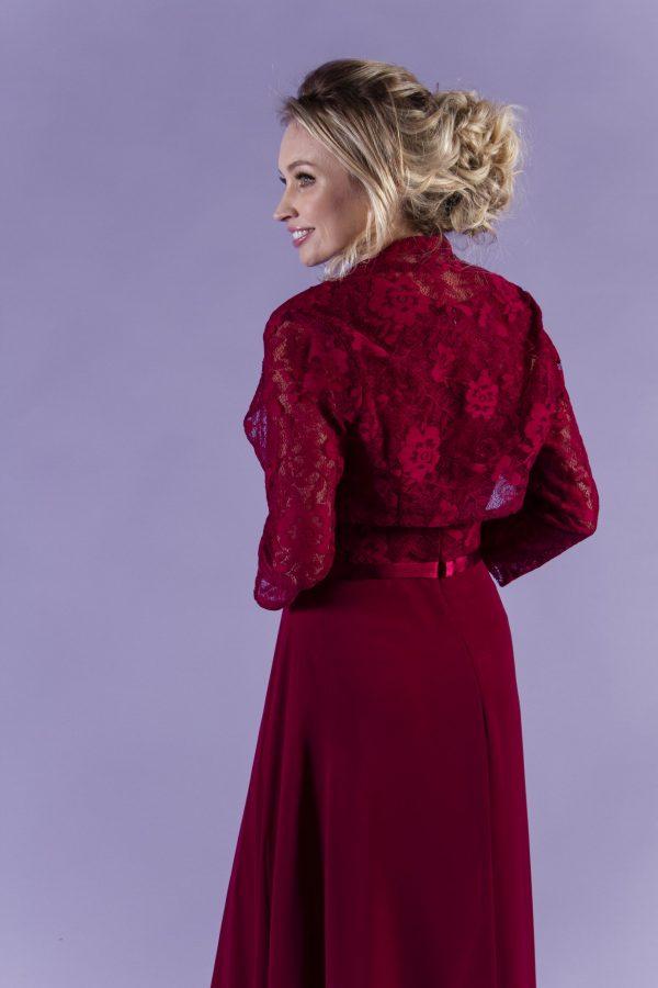 Janelle-Burgundy-shoulder-close-back